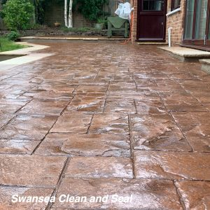 What is the Best Way to Pressure Wash Your Drive
