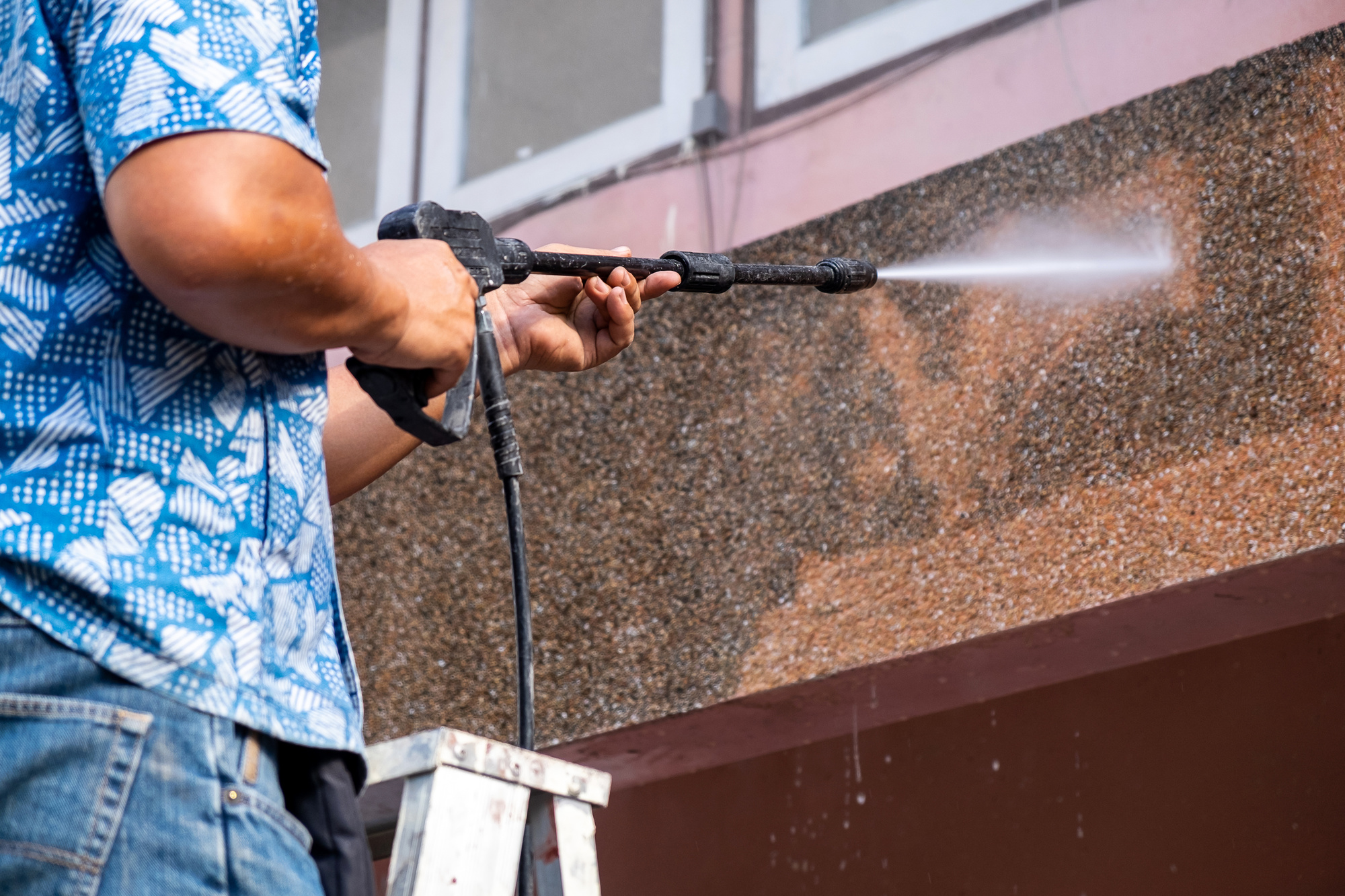 Top 5 Benefits of Pressure Washing for Your Home